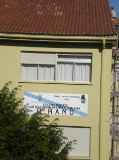 Fachada do CEIP O Ramo, ata onde viaxou PALABRAS NO AR