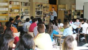 """Alberto compartiu cos escolares de A Xunqueira as receitas de """"Sopa de soño"""""""