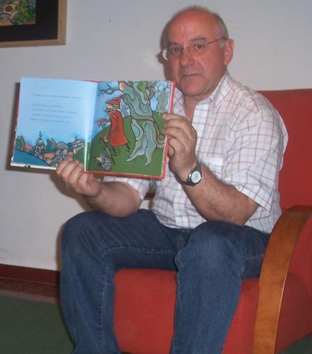 "O ilustrador Xulio Gayoso, autor de ""A banda de Vilacendoi"", entrevistado por PALABRAS NO AR"