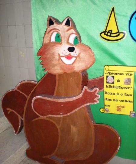 O esquío Xaquin na biblioteca do Ceip Quintela